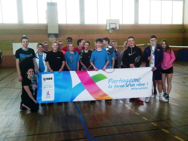 unss lycee paul claudel Badminton
